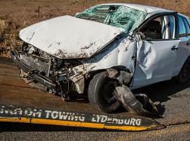 car-accident-1538175_1920